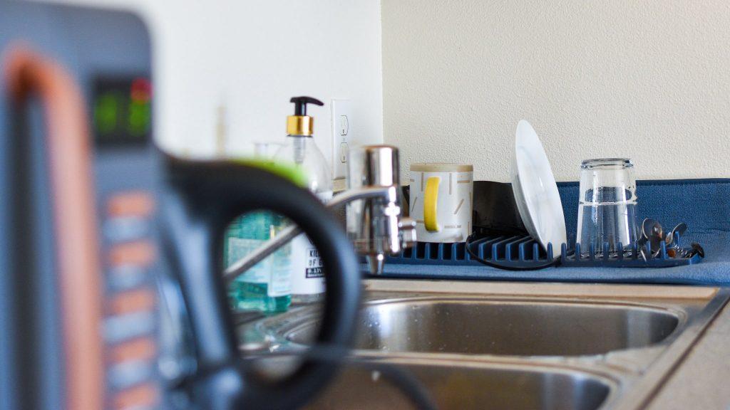 アンブラ(umbra)の食器乾燥用マット使用時